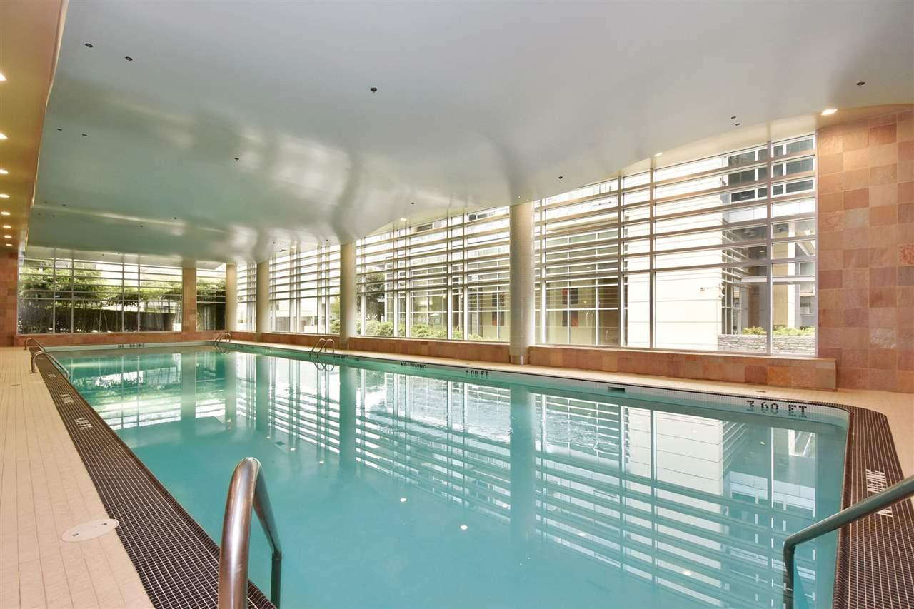 Condo Apartment at 603 428 BEACH CRESCENT, Unit 603, Vancouver West, British Columbia. Image 19