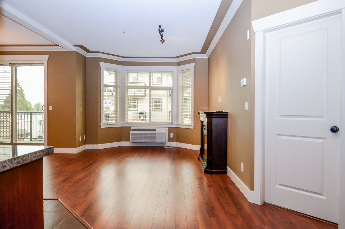 Condo Apartment at 304 9060 BIRCH STREET, Unit 304, Chilliwack, British Columbia. Image 3