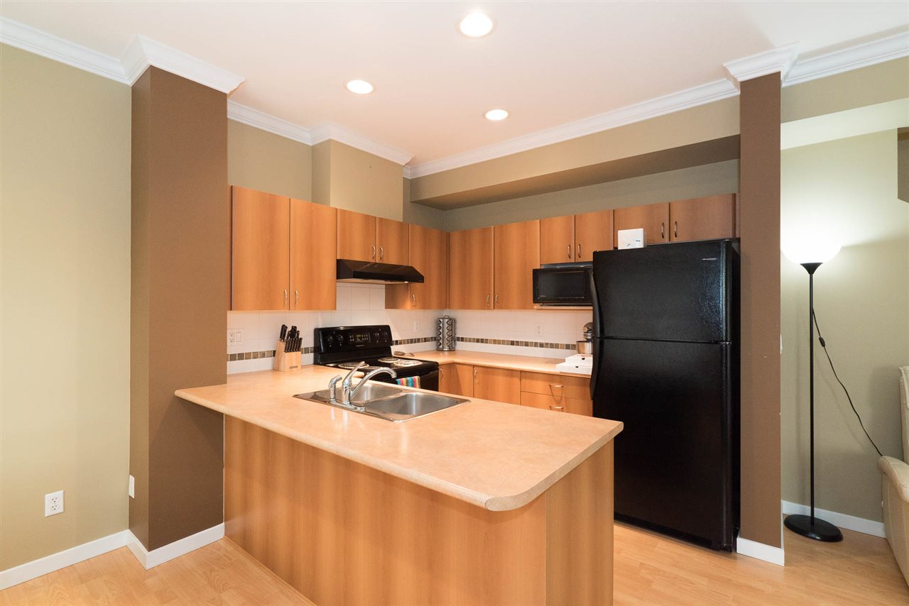 Townhouse at 5 12677 63 AVENUE, Unit 5, Surrey, British Columbia. Image 10