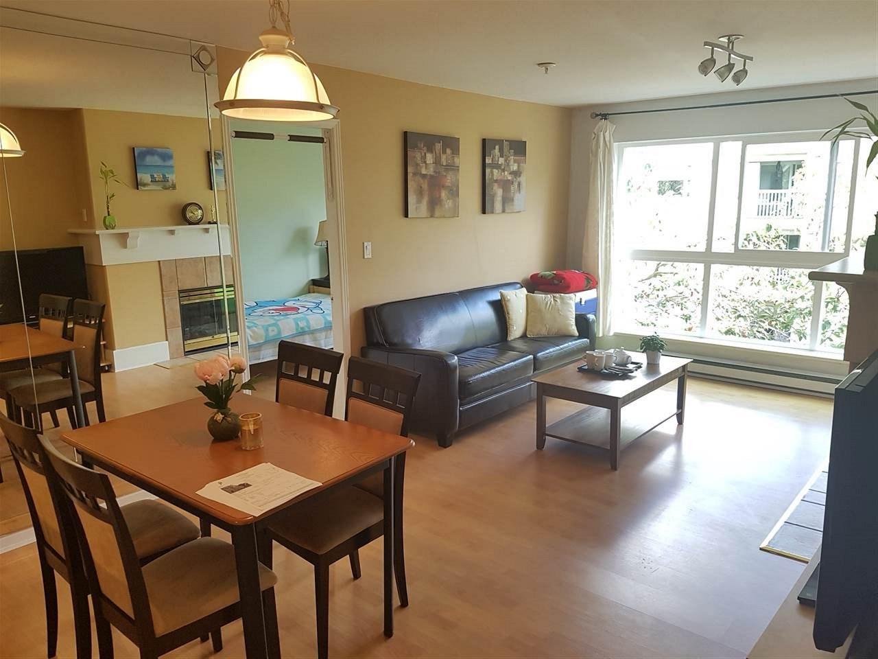 Condo Apartment at 317 5900 DOVER CRESCENT, Unit 317, Richmond, British Columbia. Image 2