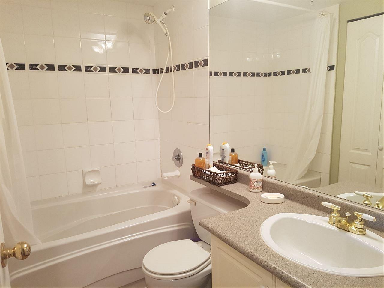 Condo Apartment at 317 5900 DOVER CRESCENT, Unit 317, Richmond, British Columbia. Image 6