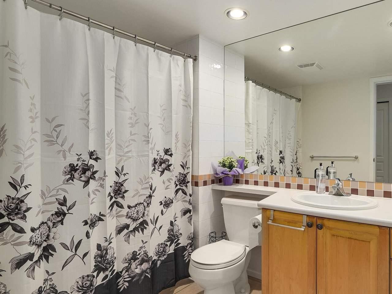Condo Apartment at 108 5800 ANDREWS ROAD, Unit 108, Richmond, British Columbia. Image 12