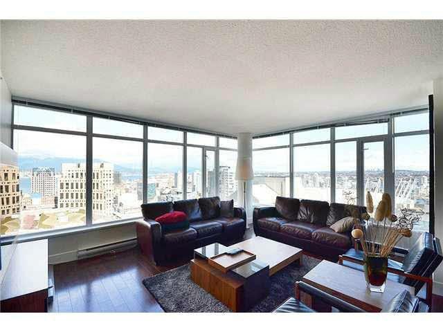 Condo Apartment at 3303 888 HOMER STREET, Unit 3303, Vancouver West, British Columbia. Image 2