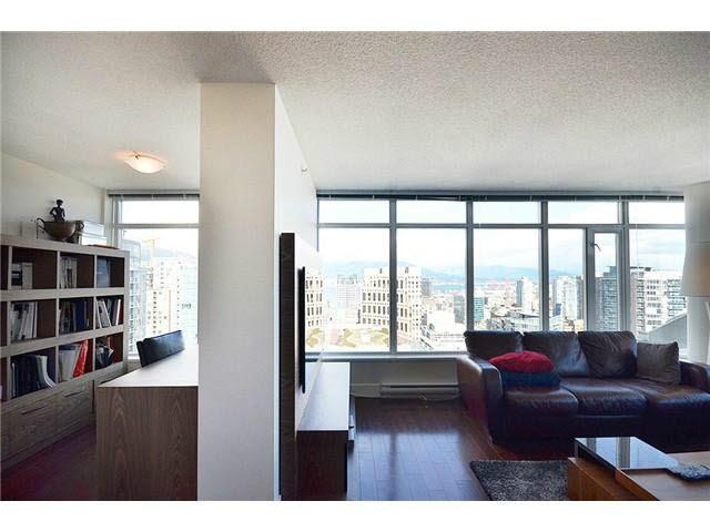 Condo Apartment at 3303 888 HOMER STREET, Unit 3303, Vancouver West, British Columbia. Image 7