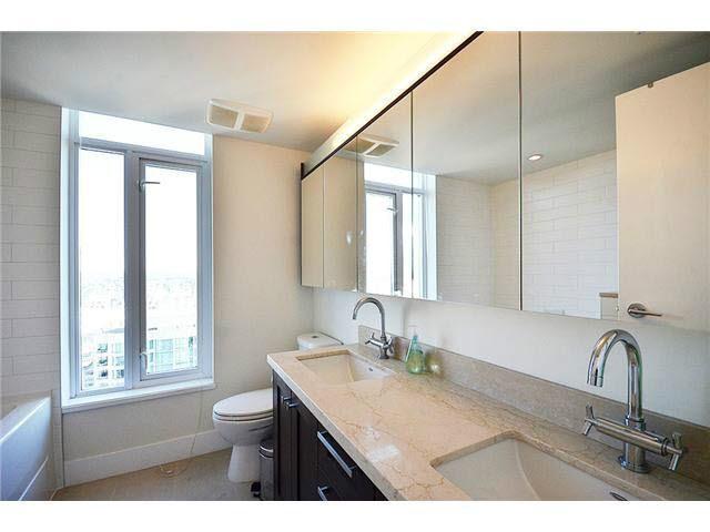 Condo Apartment at 3303 888 HOMER STREET, Unit 3303, Vancouver West, British Columbia. Image 10