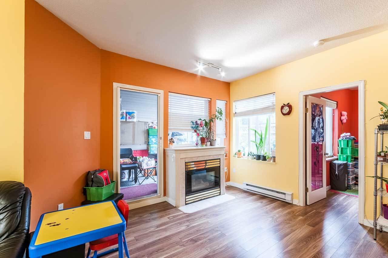 Condo Apartment at 107 7188 ROYAL OAK AVENUE, Unit 107, Burnaby South, British Columbia. Image 4
