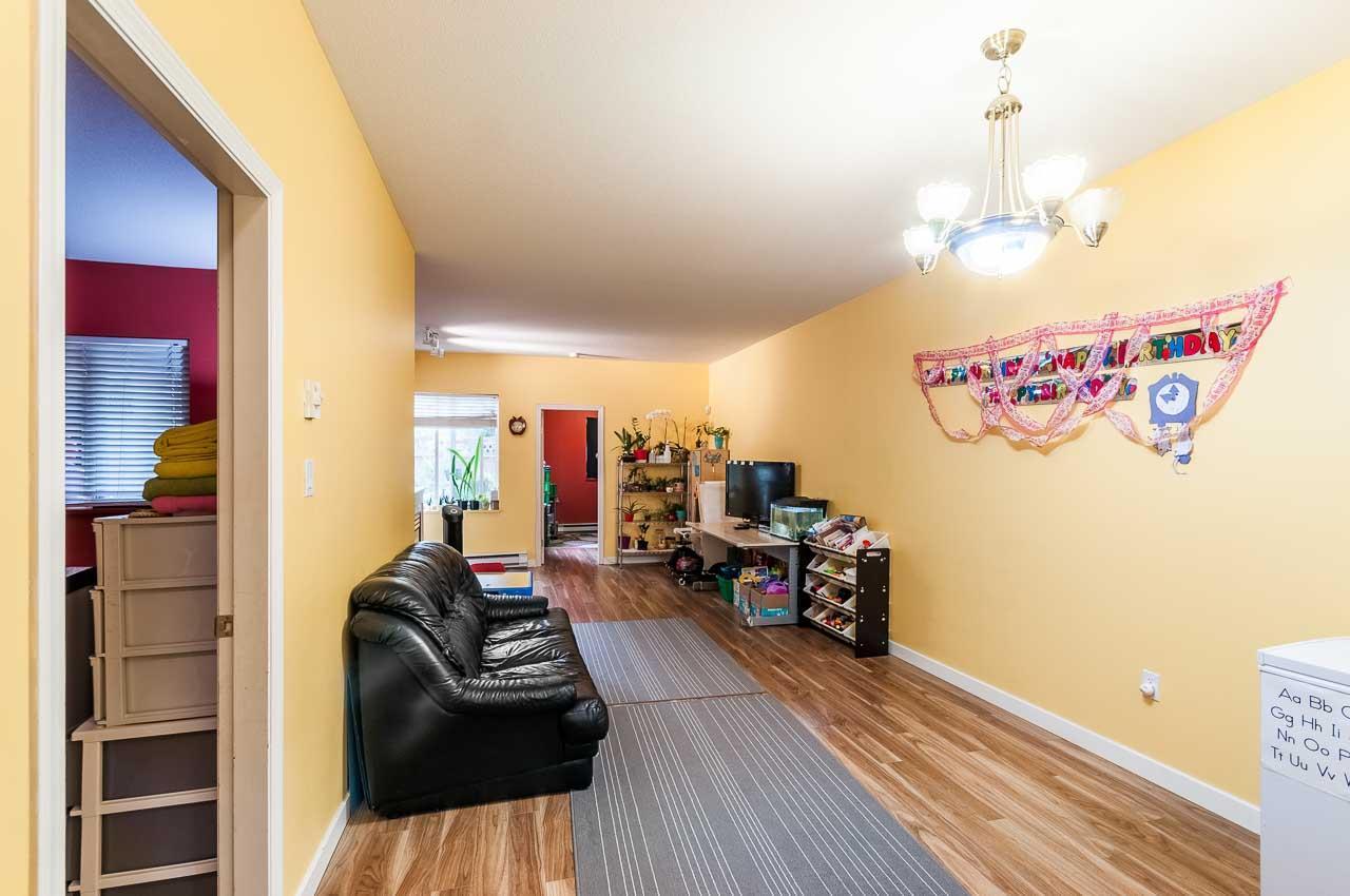 Condo Apartment at 107 7188 ROYAL OAK AVENUE, Unit 107, Burnaby South, British Columbia. Image 6