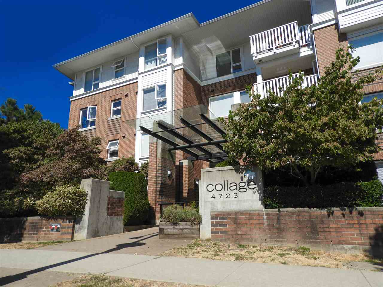 Condo Apartment at 308 4723 DAWSON STREET, Unit 308, Burnaby North, British Columbia. Image 1