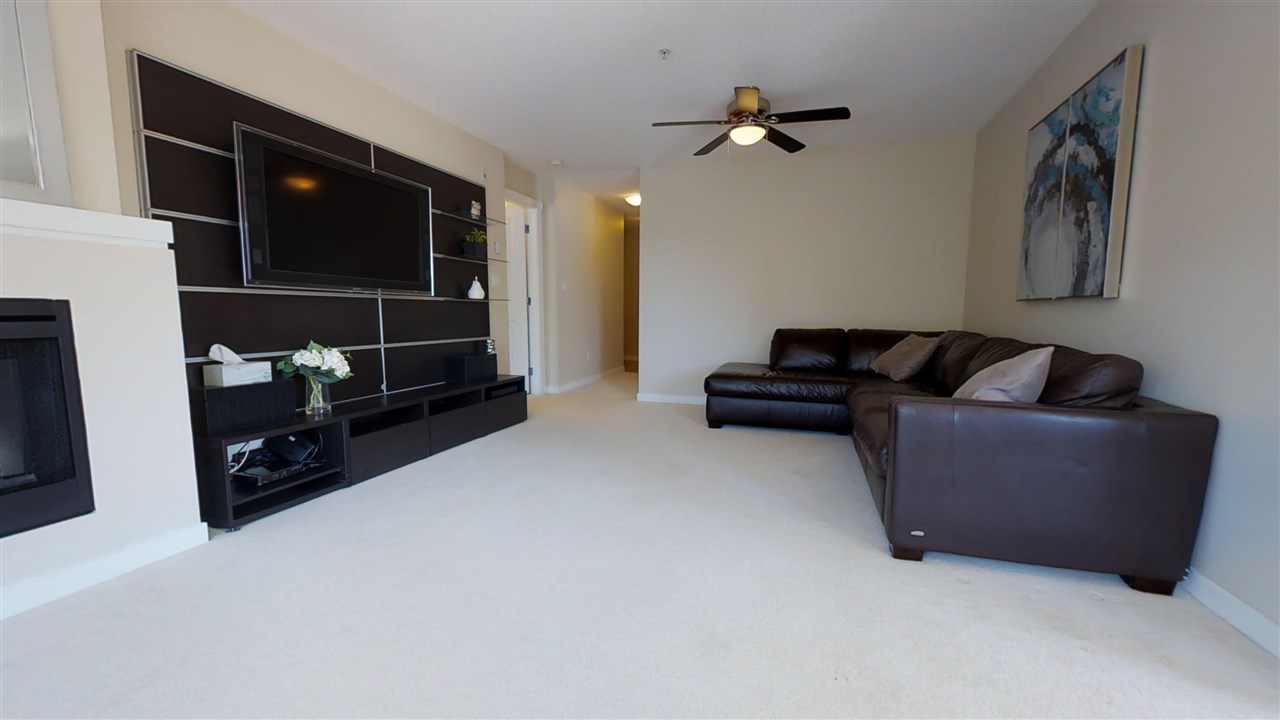 Condo Apartment at 308 4723 DAWSON STREET, Unit 308, Burnaby North, British Columbia. Image 4