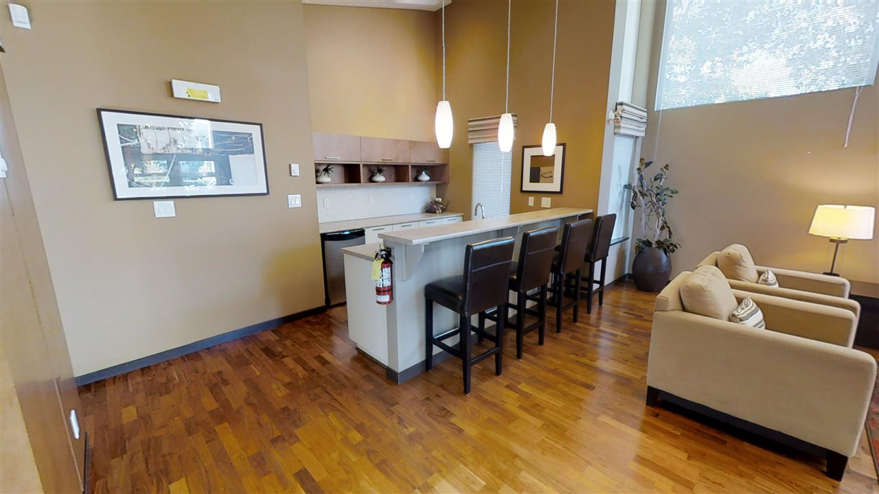 Condo Apartment at 308 4723 DAWSON STREET, Unit 308, Burnaby North, British Columbia. Image 15