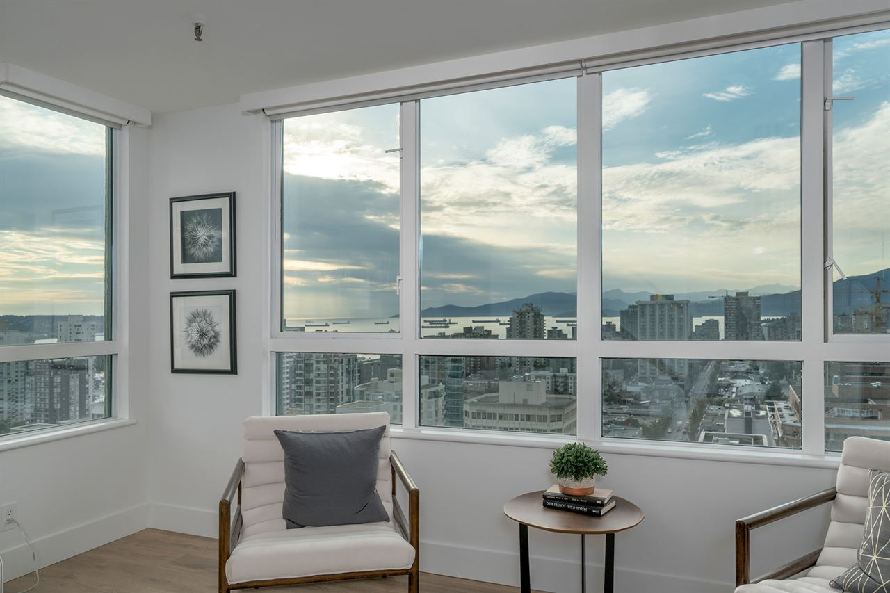 Condo Apartment at PH3 1188 HOWE STREET, Unit PH3, Vancouver West, British Columbia. Image 4