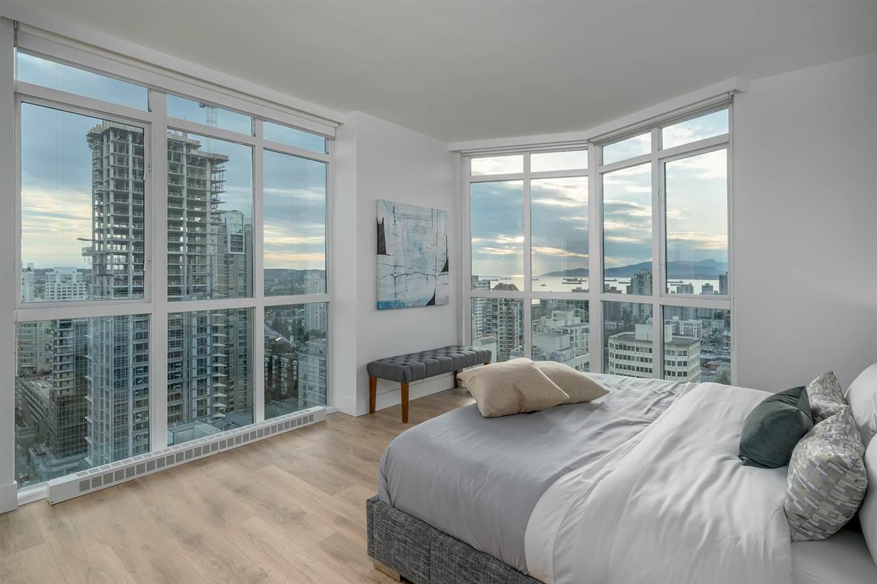 Condo Apartment at PH3 1188 HOWE STREET, Unit PH3, Vancouver West, British Columbia. Image 7