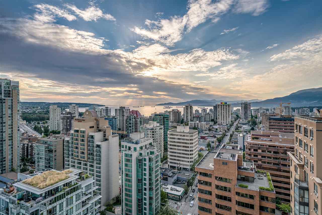Condo Apartment at PH3 1188 HOWE STREET, Unit PH3, Vancouver West, British Columbia. Image 18