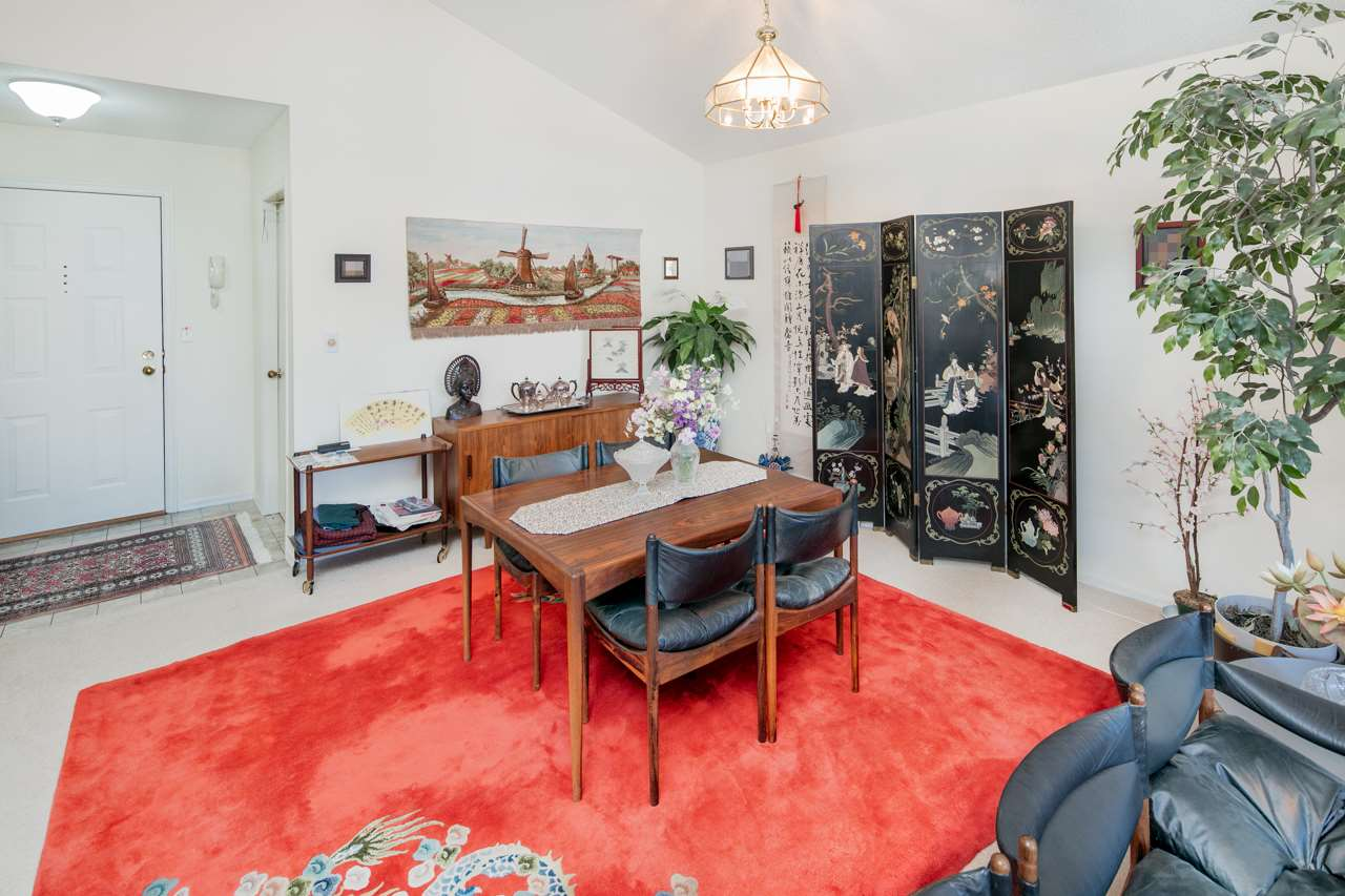 Condo Apartment at 304 7660 MINORU BOULEVARD, Unit 304, Richmond, British Columbia. Image 5
