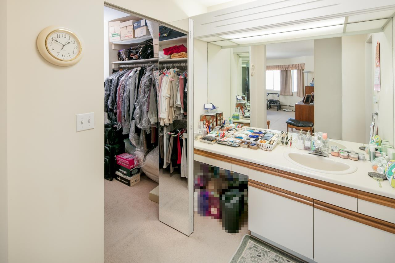 Condo Apartment at 304 7660 MINORU BOULEVARD, Unit 304, Richmond, British Columbia. Image 9