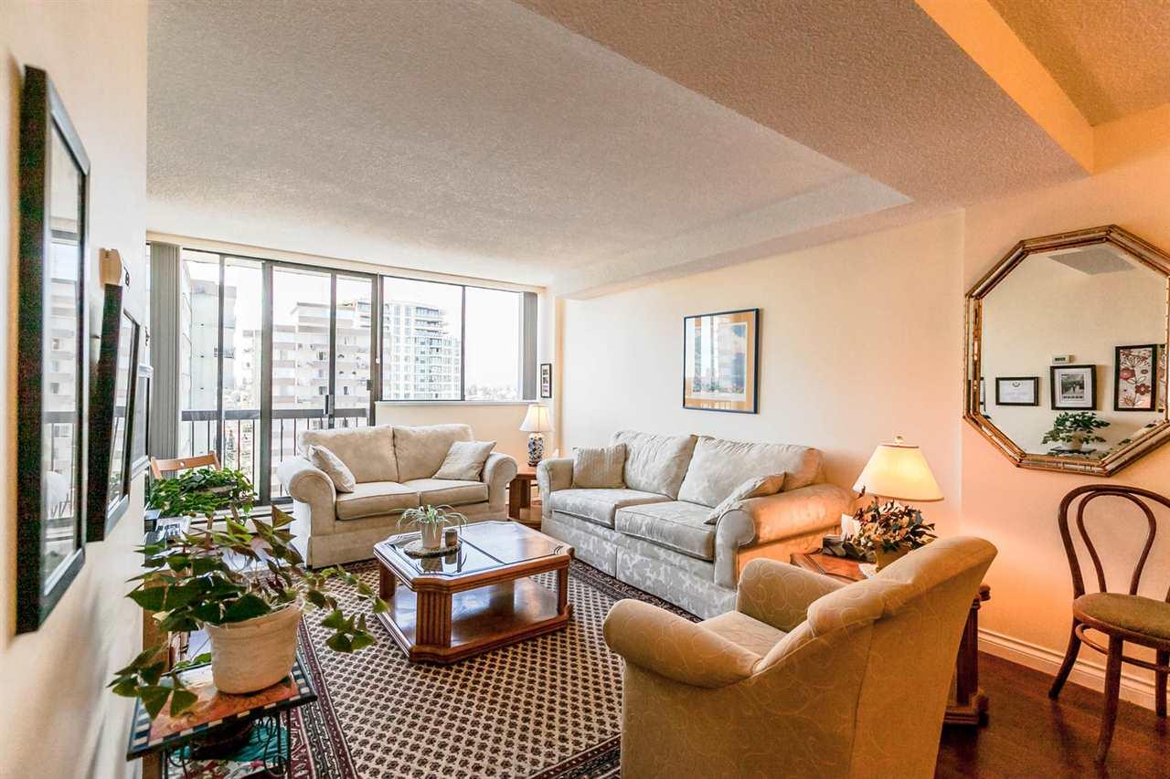 Condo Apartment at 1202 620 SEVENTH AVENUE, Unit 1202, New Westminster, British Columbia. Image 3