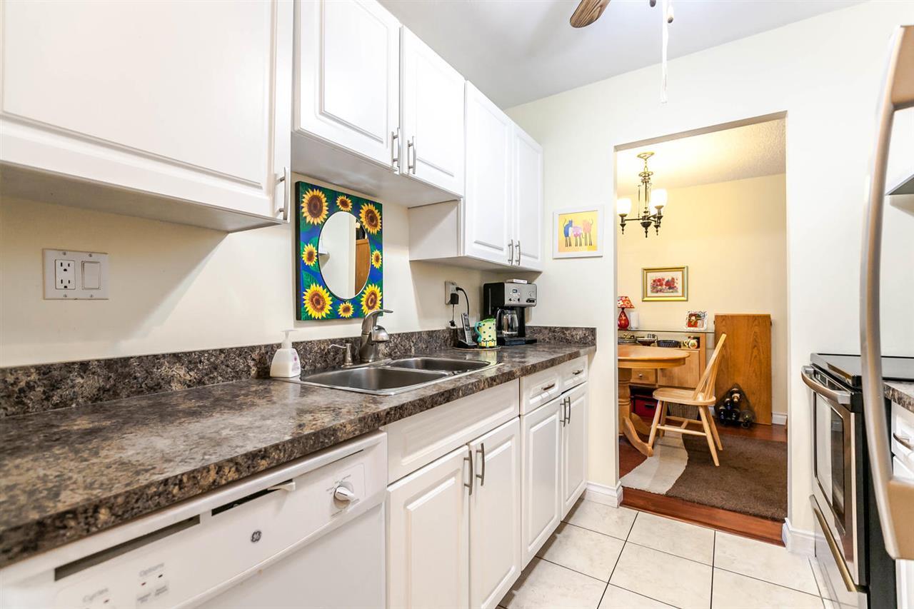 Condo Apartment at 1202 620 SEVENTH AVENUE, Unit 1202, New Westminster, British Columbia. Image 5