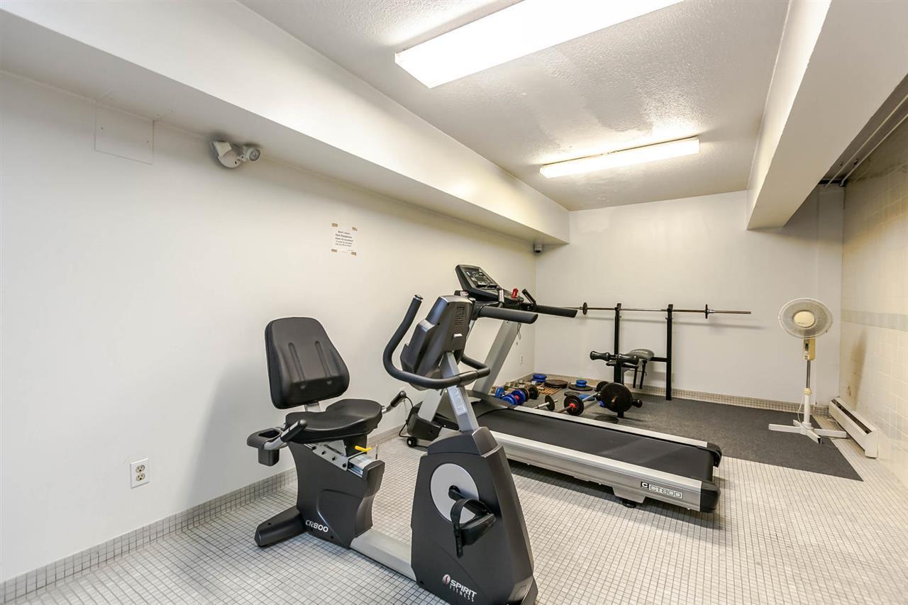 Condo Apartment at 1202 620 SEVENTH AVENUE, Unit 1202, New Westminster, British Columbia. Image 17