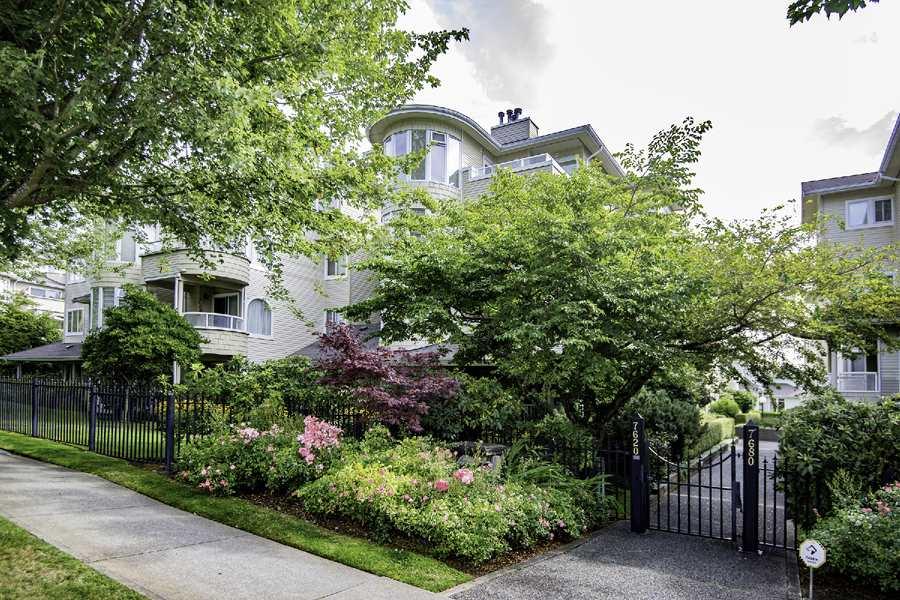Condo Apartment at 303 7620 COLUMBIA STREET, Unit 303, Vancouver West, British Columbia. Image 1