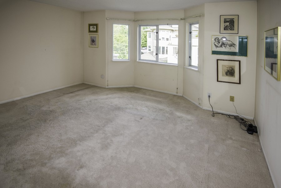 Condo Apartment at 303 7620 COLUMBIA STREET, Unit 303, Vancouver West, British Columbia. Image 8