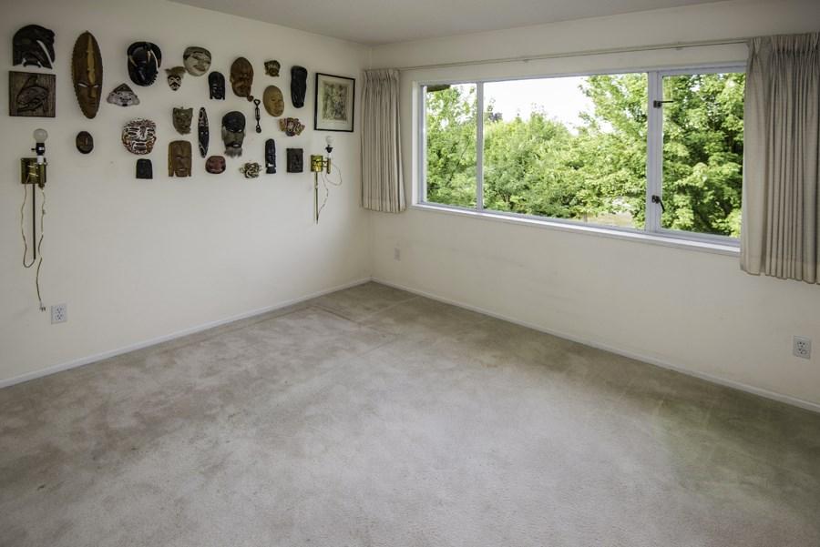 Condo Apartment at 303 7620 COLUMBIA STREET, Unit 303, Vancouver West, British Columbia. Image 11
