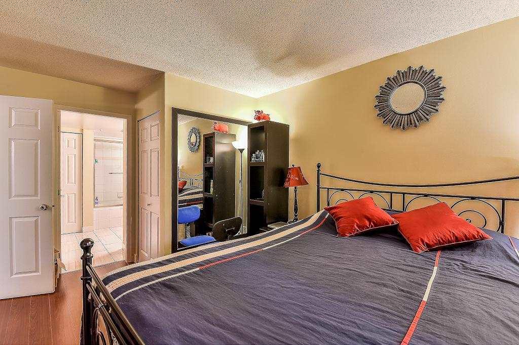 Condo Apartment at 205 2990 PRINCESS CRESCENT, Unit 205, Coquitlam, British Columbia. Image 18