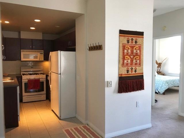 Condo Apartment at 403 120 W 16TH STREET, Unit 403, North Vancouver, British Columbia. Image 6