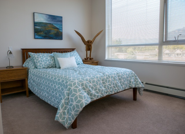 Condo Apartment at 403 120 W 16TH STREET, Unit 403, North Vancouver, British Columbia. Image 8