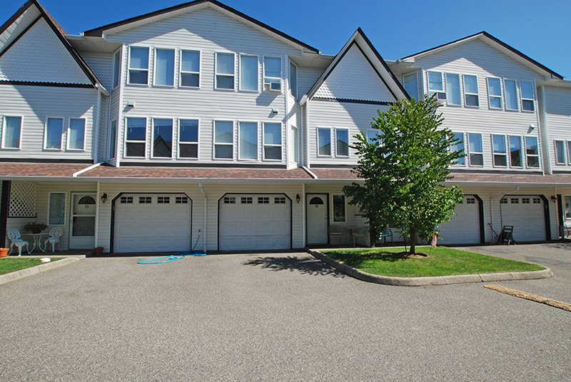 Townhouse at 32 45286 WATSON ROAD, Unit 32, Sardis, British Columbia. Image 1