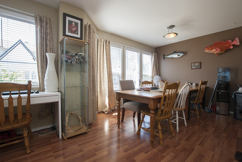 Townhouse at 32 45286 WATSON ROAD, Unit 32, Sardis, British Columbia. Image 8