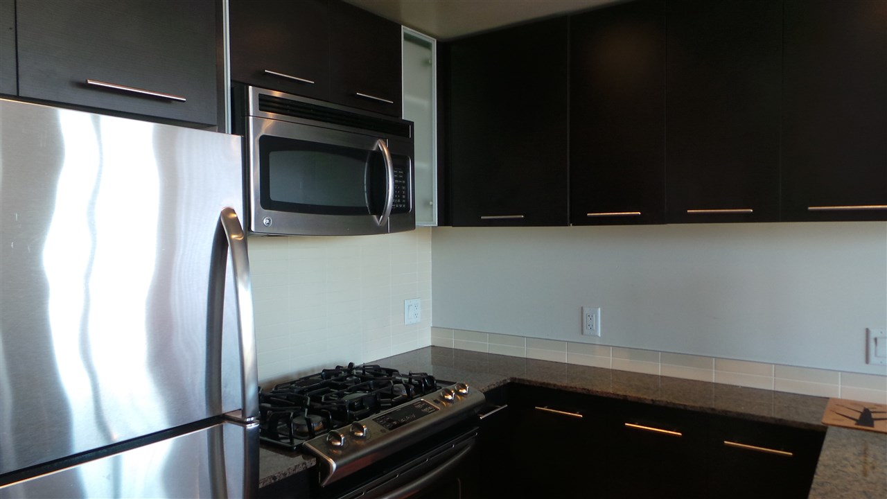 Condo Apartment at 604 3111 CORVETTE WAY, Unit 604, Richmond, British Columbia. Image 11