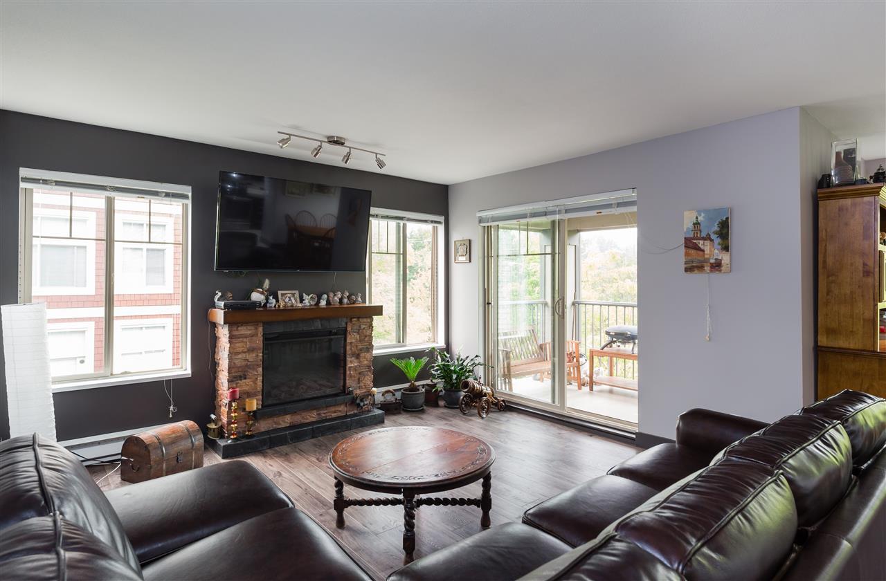 Condo Apartment at 313 2468 ATKINS AVENUE, Unit 313, Port Coquitlam, British Columbia. Image 2