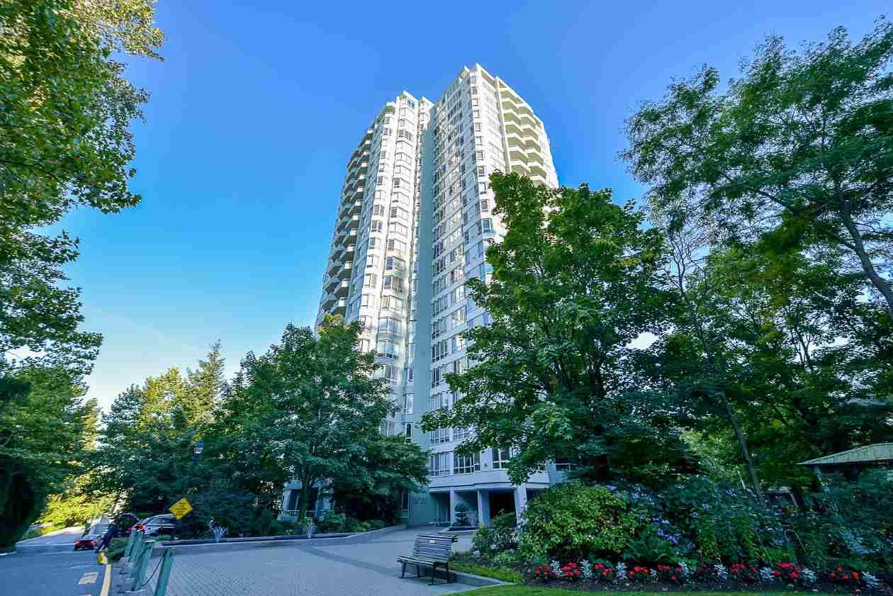 Condo Apartment at 1901 10082 148 STREET, Unit 1901, North Surrey, British Columbia. Image 1