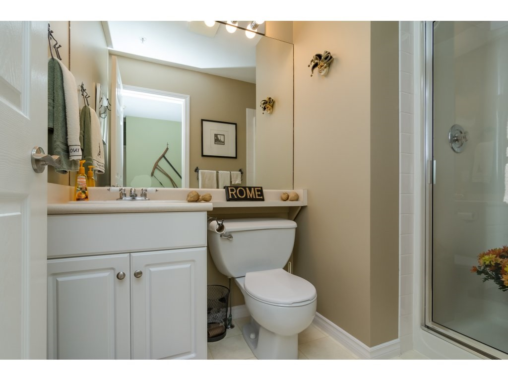 Townhouse at 42 20761 TELEGRAPH TRAIL TRAIL, Unit 42, Langley, British Columbia. Image 10