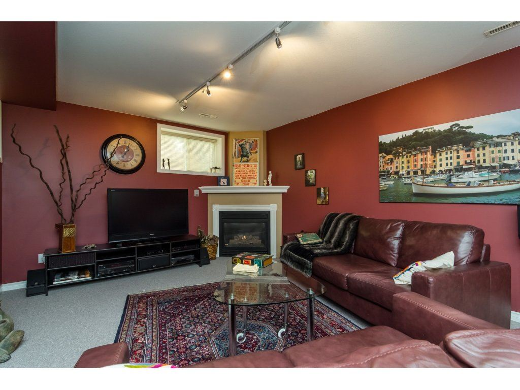 Townhouse at 42 20761 TELEGRAPH TRAIL TRAIL, Unit 42, Langley, British Columbia. Image 13