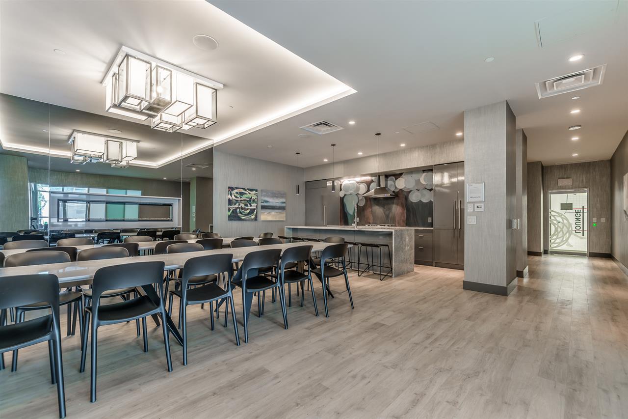 Condo Apartment at 1409 125 E 14TH STREET, Unit 1409, North Vancouver, British Columbia. Image 17