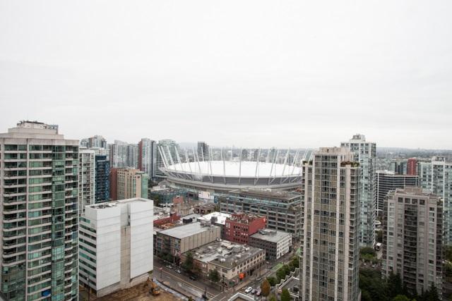 Condo Apartment at 2902 977 MAINLAND STREET, Unit 2902, Vancouver West, British Columbia. Image 1