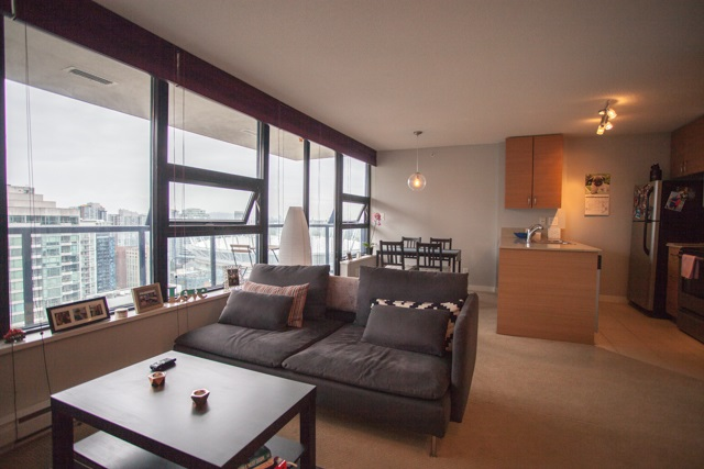 Condo Apartment at 2902 977 MAINLAND STREET, Unit 2902, Vancouver West, British Columbia. Image 3