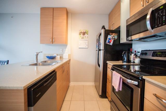 Condo Apartment at 2902 977 MAINLAND STREET, Unit 2902, Vancouver West, British Columbia. Image 5