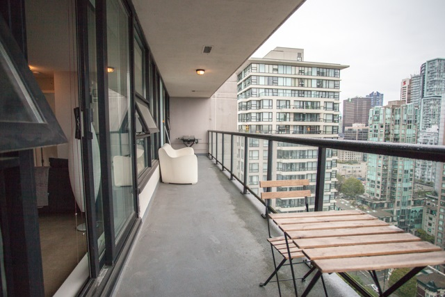 Condo Apartment at 2902 977 MAINLAND STREET, Unit 2902, Vancouver West, British Columbia. Image 7
