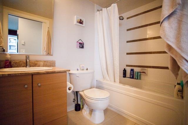 Condo Apartment at 2902 977 MAINLAND STREET, Unit 2902, Vancouver West, British Columbia. Image 10