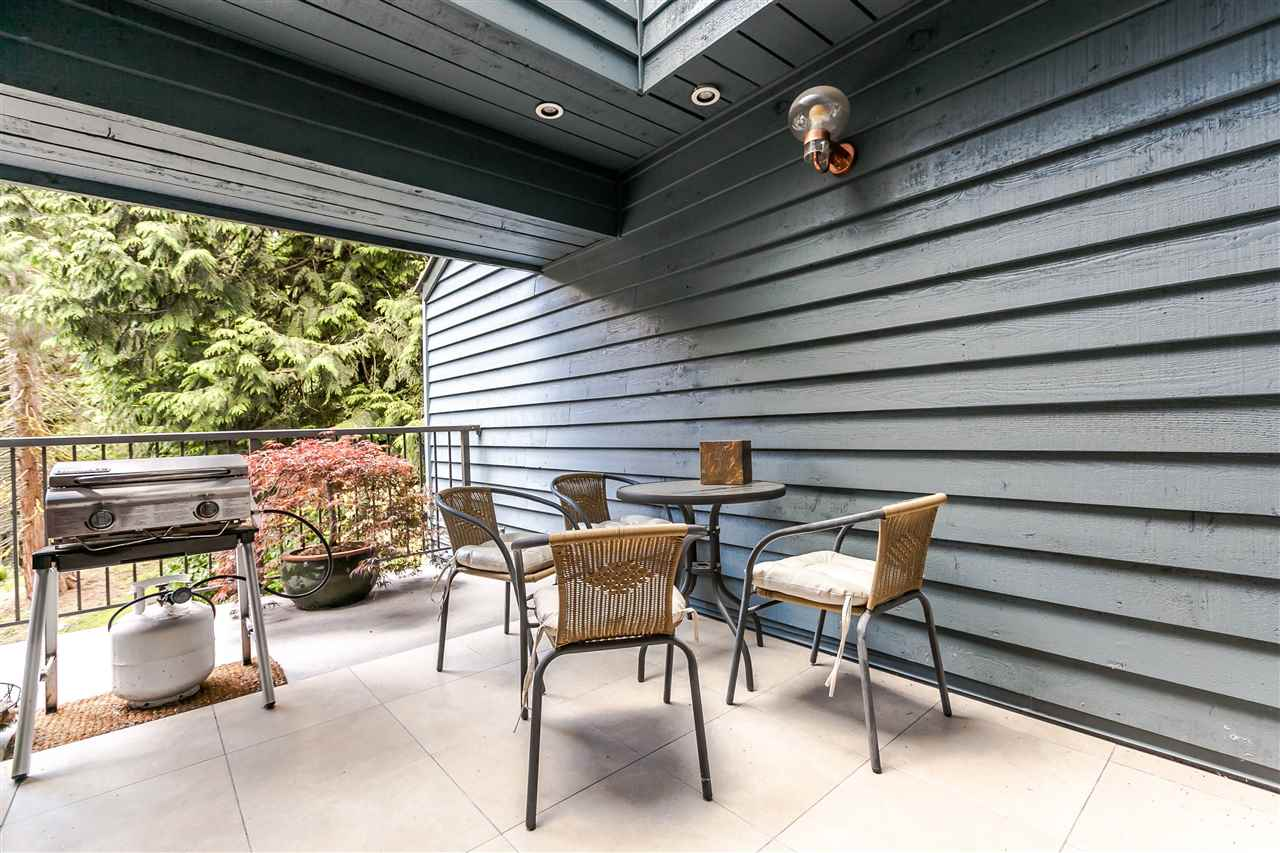 Townhouse at 836 HENDECOURT ROAD, North Vancouver, British Columbia. Image 2