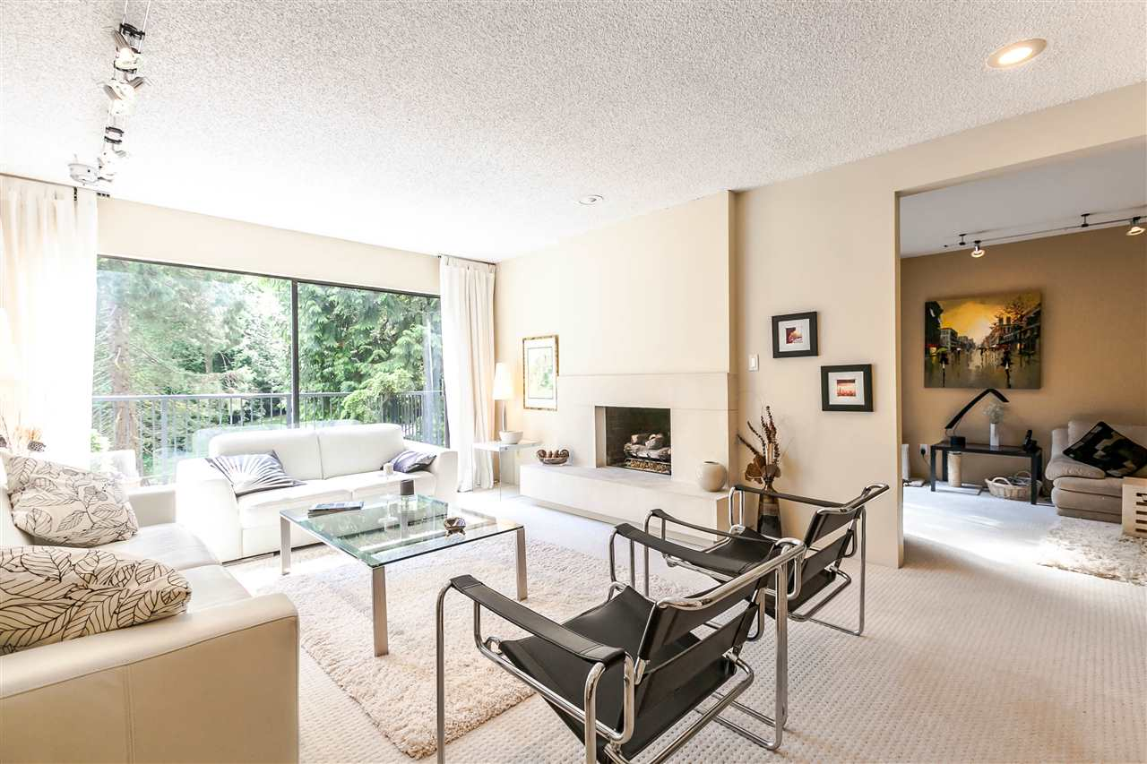 Townhouse at 836 HENDECOURT ROAD, North Vancouver, British Columbia. Image 6