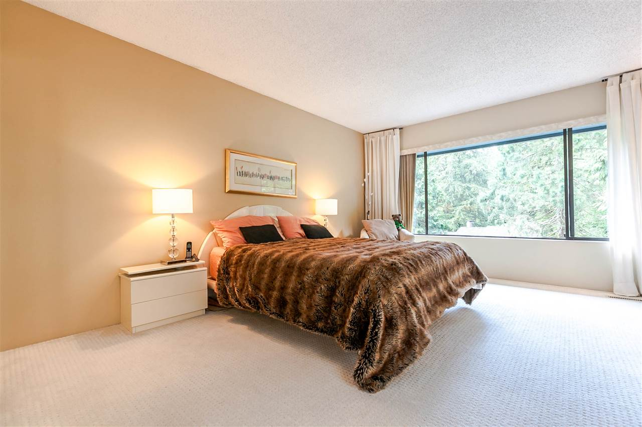 Townhouse at 836 HENDECOURT ROAD, North Vancouver, British Columbia. Image 10