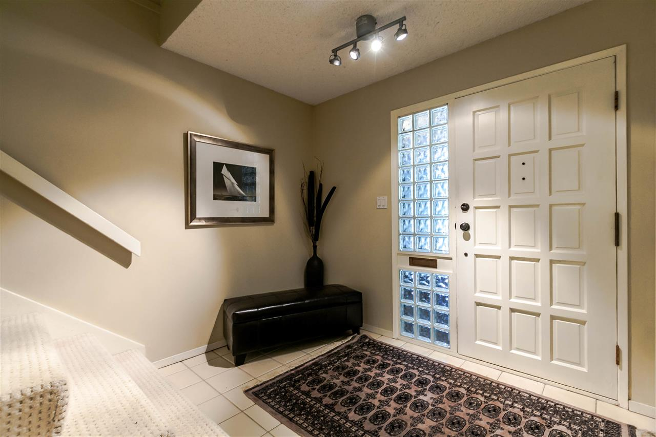 Townhouse at 836 HENDECOURT ROAD, North Vancouver, British Columbia. Image 14