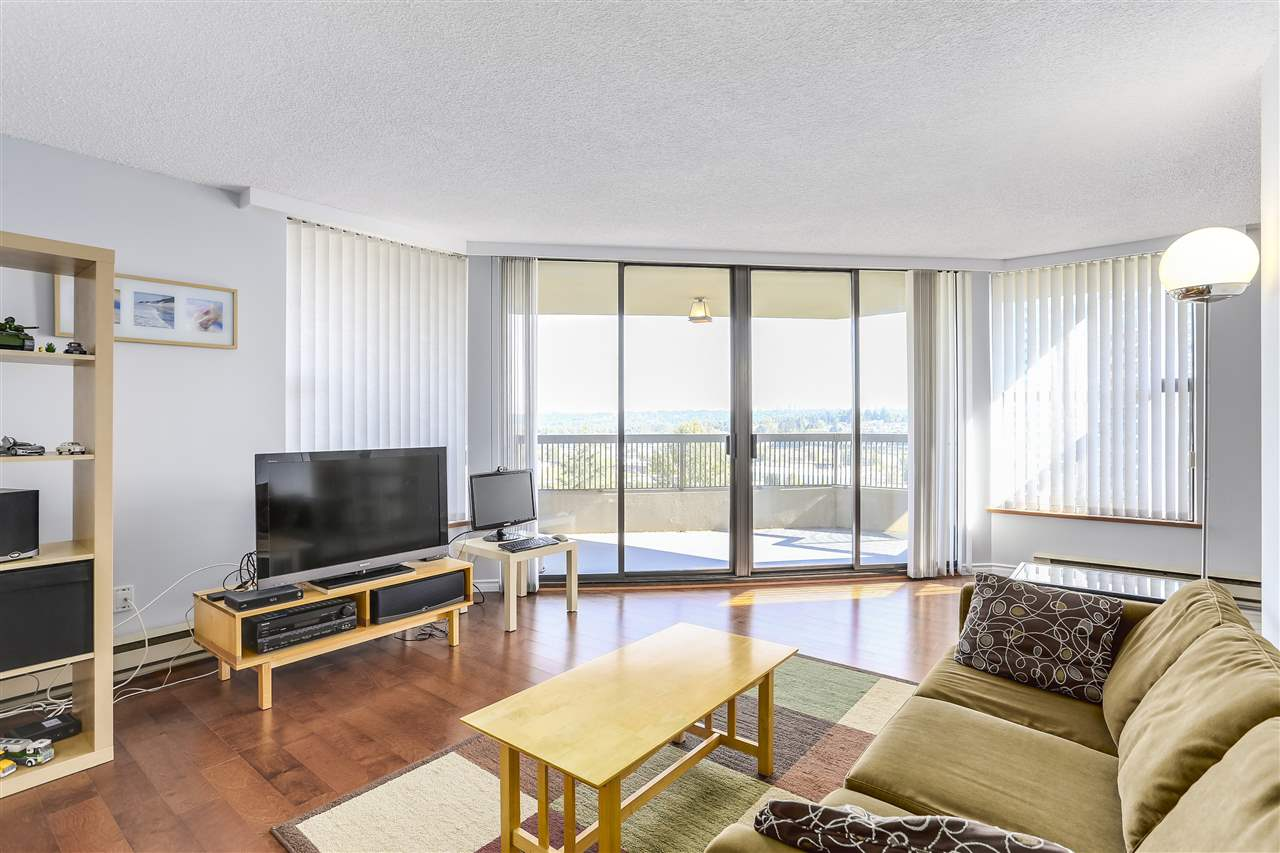 Condo Apartment at 906 2041 BELLWOOD AVENUE, Unit 906, Burnaby North, British Columbia. Image 3