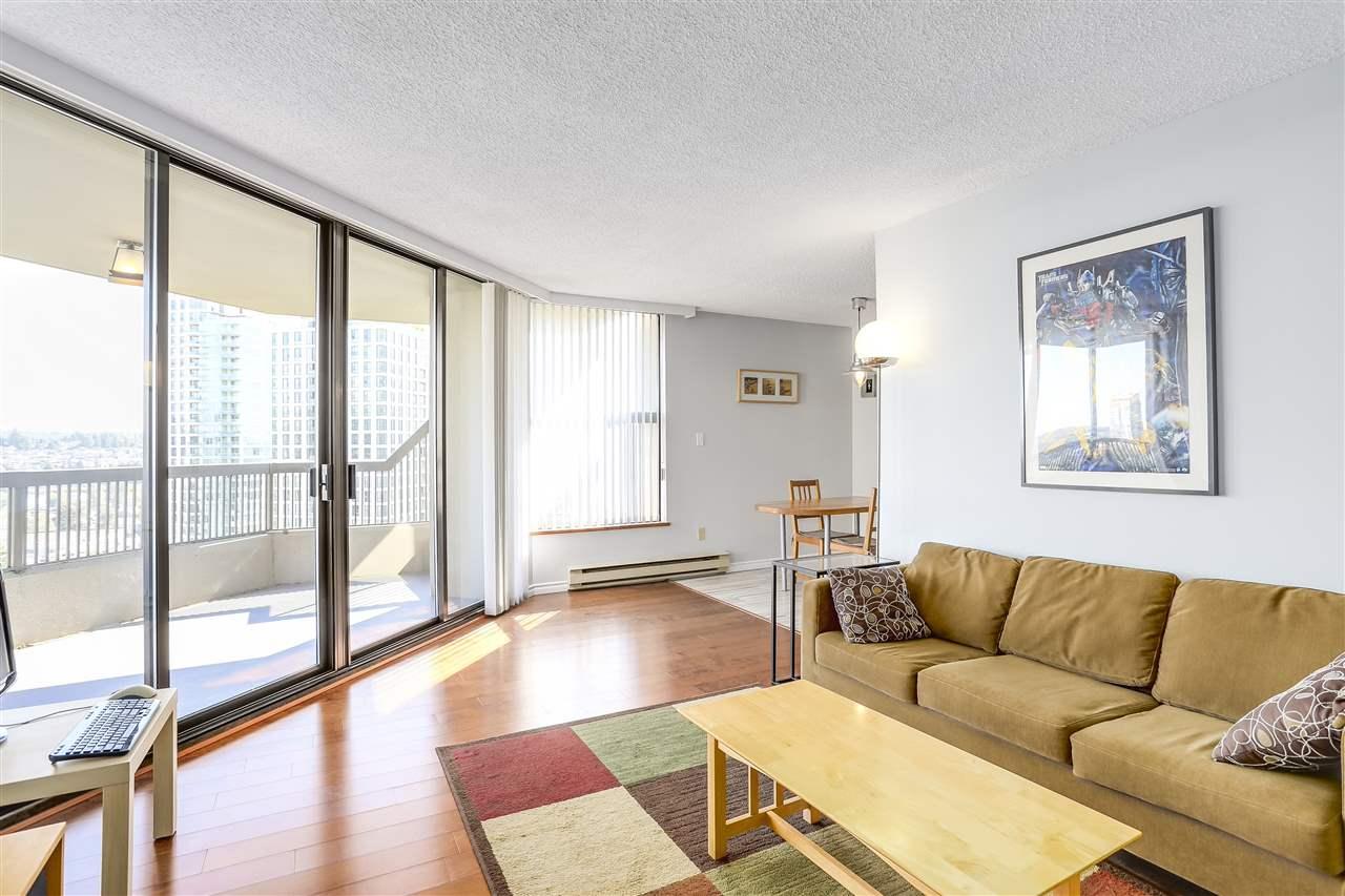 Condo Apartment at 906 2041 BELLWOOD AVENUE, Unit 906, Burnaby North, British Columbia. Image 4