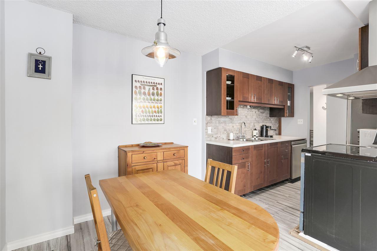 Condo Apartment at 906 2041 BELLWOOD AVENUE, Unit 906, Burnaby North, British Columbia. Image 5