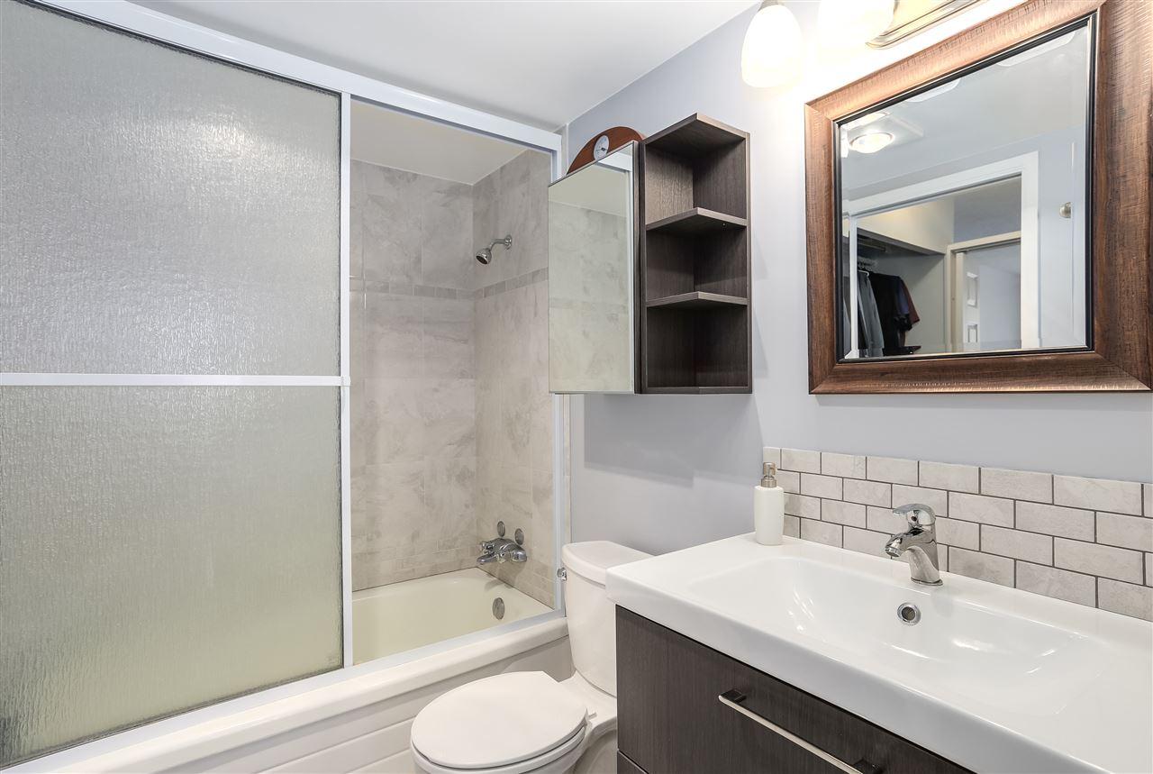 Condo Apartment at 906 2041 BELLWOOD AVENUE, Unit 906, Burnaby North, British Columbia. Image 11