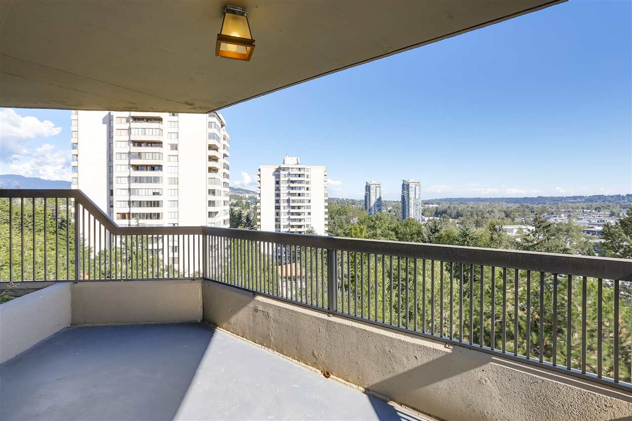 Condo Apartment at 906 2041 BELLWOOD AVENUE, Unit 906, Burnaby North, British Columbia. Image 12